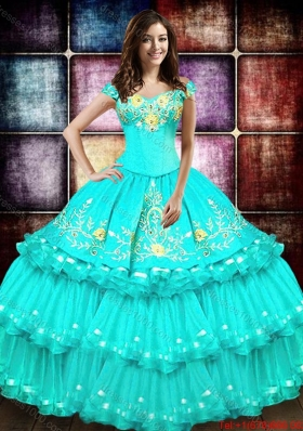 Classical Big Puffy Organza Quinceanera Dress with Embroidery and Ruffled Layers