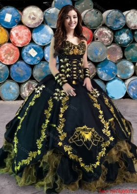 Wild West Cheap Embroideried and Ruffled Black Quinceanera Gown in Organza and Taffeta