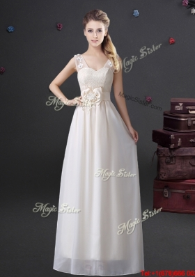 2017 Unique Applique and Bowknot Laced V Neck Prom Dress in White