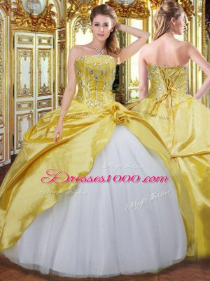 Customized Strapless Sleeveless Taffeta Quince Ball Gowns Beading and Hand Made Flower Lace Up