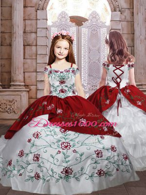 Excellent Taffeta Spaghetti Straps Sleeveless Lace Up Embroidery and Ruffled Layers Kids Formal Wear in White And Red