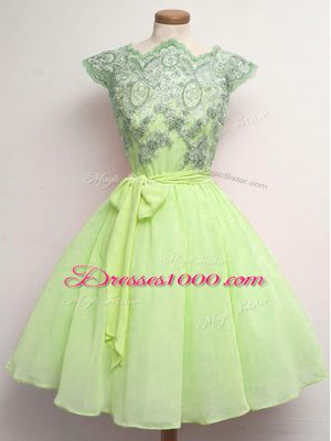 Yellow Green Chiffon Lace Up Scalloped Cap Sleeves Knee Length Dama Dress for Quinceanera Lace and Belt