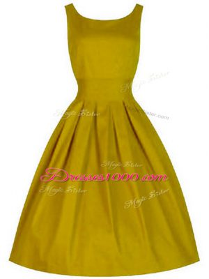 Superior Sleeveless Lace Up Knee Length Ruching Wedding Party Dress