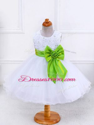 Fancy Scoop Sleeveless Girls Pageant Dresses Knee Length Bowknot White Organza