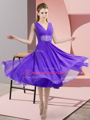 Latest Sleeveless Chiffon Knee Length Side Zipper Bridesmaid Dress in Lavender with Beading
