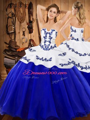Royal Blue Ball Gowns Strapless Sleeveless Satin and Organza Floor Length Lace Up Embroidery 15 Quinceanera Dress