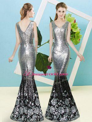 V-neck Sleeveless Sequined Homecoming Dress Sequins Zipper