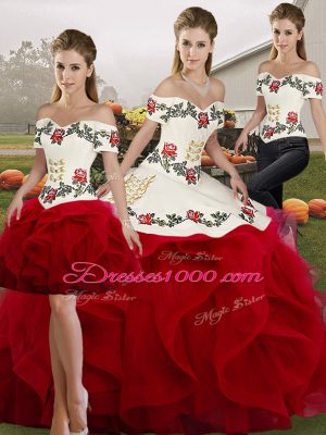 Off The Shoulder Sleeveless Lace Up Ball Gown Prom Dress White And Red Tulle