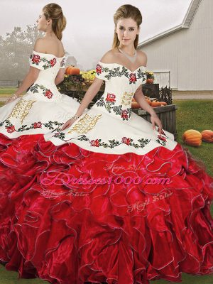White And Red Ball Gowns Organza Off The Shoulder Sleeveless Embroidery and Ruffles Floor Length Lace Up Ball Gown Prom Dress