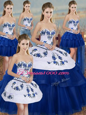 Elegant Royal Blue Ball Gowns Tulle Sweetheart Sleeveless Embroidery and Bowknot Floor Length Lace Up Vestidos de Quinceanera