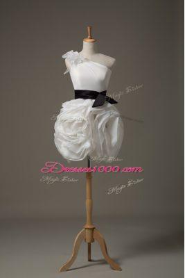 White One Shoulder Side Zipper Belt and Hand Made Flower Wedding Gown Sleeveless