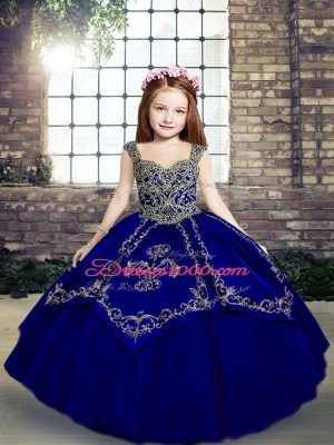 Adorable Sleeveless Beading and Embroidery Lace Up Pageant Gowns
