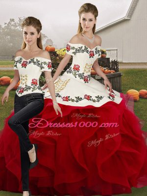 Delicate White And Red Lace Up Off The Shoulder Embroidery and Ruffles Vestidos de Quinceanera Tulle Sleeveless