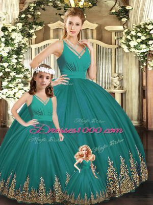 Turquoise Ball Gowns V-neck Sleeveless Tulle Floor Length Backless Embroidery Vestidos de Quinceanera