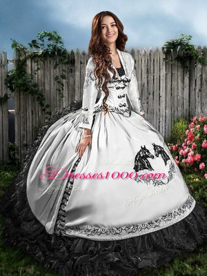 Sleeveless Satin Floor Length Lace Up Sweet 16 Dresses in White And Black with Embroidery and Ruffles