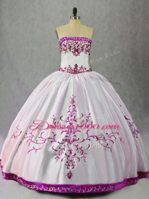 Luxurious Embroidery Quinceanera Gowns White And Purple Lace Up Sleeveless Floor Length
