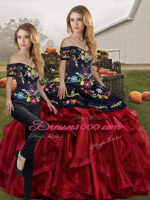 Noble Off The Shoulder Sleeveless Lace Up Quinceanera Gowns Red And Black Organza