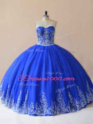 Inexpensive Royal Blue Ball Gowns Sweetheart Sleeveless Tulle Floor Length Lace Up Embroidery 15th Birthday Dress