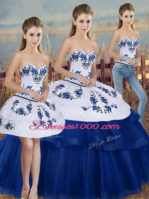 Sleeveless Embroidery and Bowknot Lace Up Quince Ball Gowns