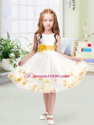 Knee Length White Toddler Flower Girl Dress Tulle Sleeveless Appliques and Belt