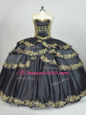 Vintage Black Sleeveless Embroidery Floor Length Quinceanera Gowns