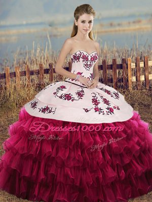 White And Red Sweetheart Neckline Embroidery and Ruffled Layers and Bowknot Sweet 16 Dress Sleeveless Lace Up