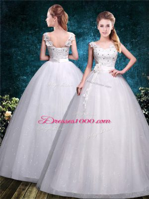 Floor Length Ball Gowns Sleeveless White Wedding Gown Lace Up