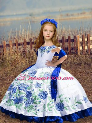 Satin Sleeveless Floor Length Girls Pageant Dresses and Embroidery