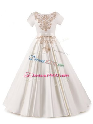 Exquisite Scoop Short Sleeves Satin Pageant Dress Toddler Appliques Zipper