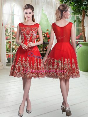 High End Red Tulle Zipper Prom Gown Sleeveless Knee Length Beading and Appliques