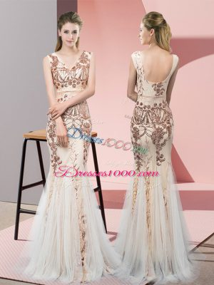 Sumptuous V-neck Sleeveless Backless Champagne Tulle