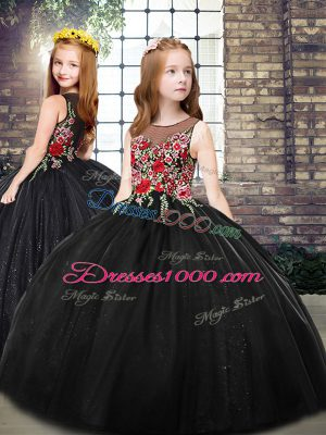 Black Tulle Zipper Pageant Dress Wholesale Sleeveless Floor Length Embroidery