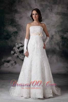 Popular A-line Strapless Lace Wedding Dress 2013