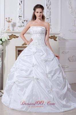 White Witer Ball Gown Wedding Dress Embroidery Pick-ups