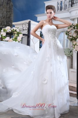 Pretty White Sweetheart Wedding Gown Hand Made Flower