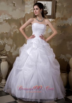 Wedding Ball Gown Pick-ups Bridal Gowns Ruched Bodice