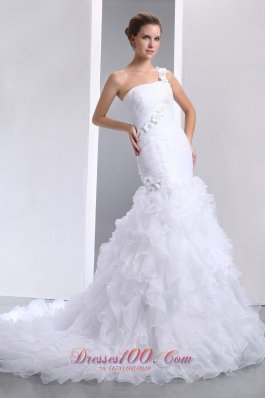 One Shoulder Handmade Flowers Mermaid Chapel Wedding Dress