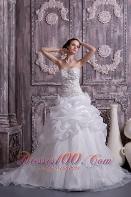 Custom Made Sweetheart A-line Pick-ups Wedding Dress