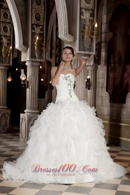 Sweetheart Beading Organza Ball Gown Wedding Dress