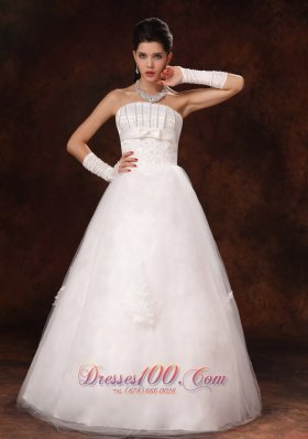 Custom Made Nice Floor-length Wedding Gown with Beading