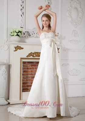Strapless Wedding Gown Chapel Train Bowknot Champgne