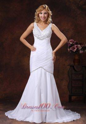 V-neck Mermaid Wedding Dress Ruched Beading