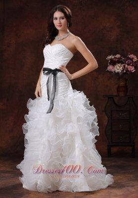 Lovely Sweetheart Wedding Dress Ruffled Layers
