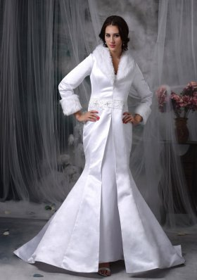 Long Winter Wedding Jacket Mermaid V-neck Satin