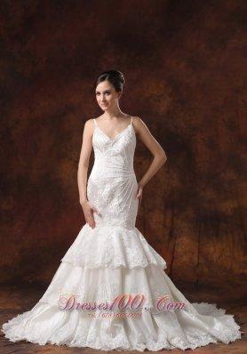 Elegant Spaghetti Straps Lace Mermaid Wedding Dress