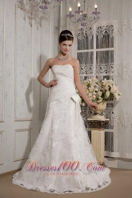 Elegant Strapless Lace Bowknot Wedding Dress
