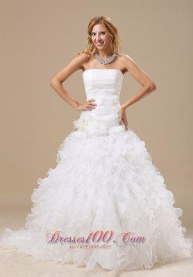 Exquisite Ruffles Decorate Bodice Organza Wedding Dress