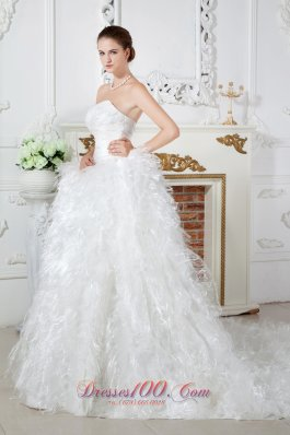 Sweetheart Organza Feather Ruch Bridal Dress
