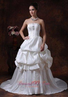 Strapless Pick-ups Taffeta Wedding Gown With Court Train