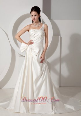 Ivory One Shoulder Ruched Wedding Dress Appliques Court Train